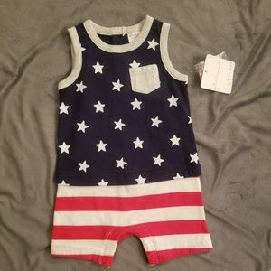 Starting Out BOYS Patriotic Onesie Size 6M